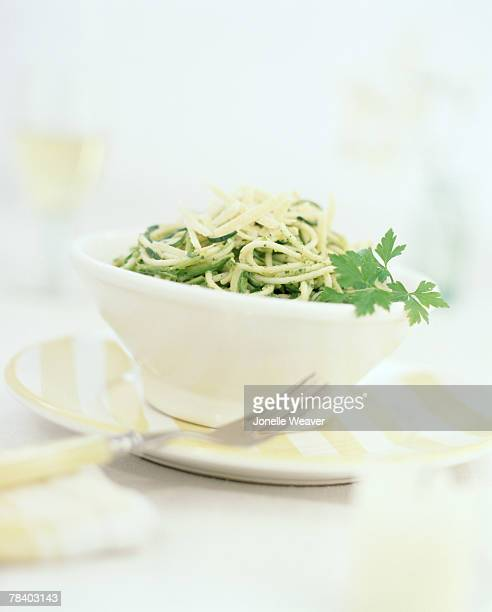 spaghetti with pesto - flat leaf parsley stock pictures, royalty-free photos & images