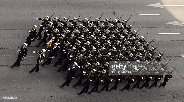 Detachment of the Spanish army marches during Spanish national day army parade in Madrid, 12 October 2005. AFP PHOTO/BRU GARCIA