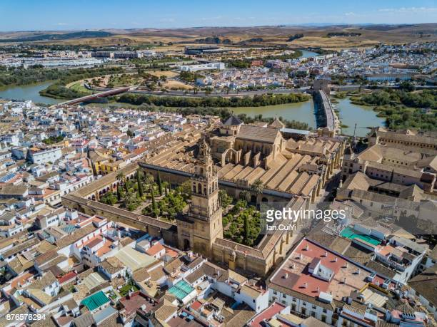 Spain, Andalucia, Cordoba Province, Cordoba, Roman Bridge (Puente Romano) over Guadalquivir River and Mezquita (Mosquea Cathedral of Cordoba, UNESCO World Heritage Site)