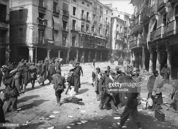 Spain Aragon Spanish Civil War Nationalist troops in Teruel after they took the town around 22 February 1938 Vintage property of ullstein bild