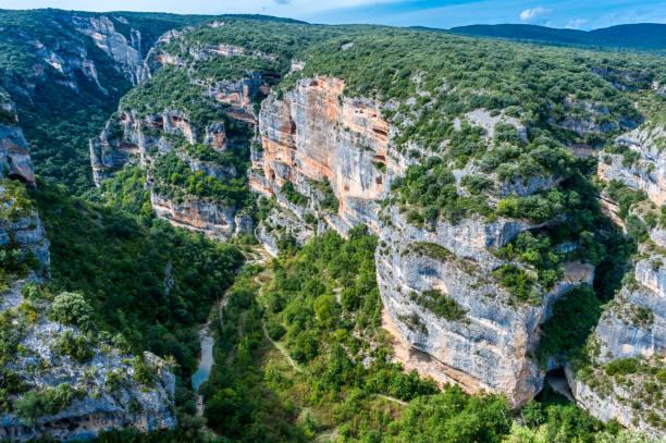 Spain, autonomous community of Aragon, Sierra National Park and Guara Canyons, limestone rock wall of the Tozal de Mallata