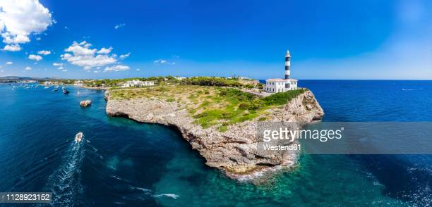 Spain, Baleares, Mallorca, Portocolom, Punta de ses Crestes, Bay of Portocolom and Cala Parbacana, Lighthouse