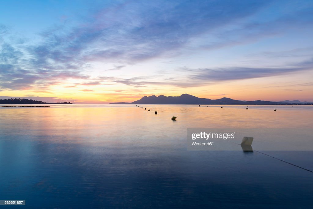 Spain, Balearic Islands, Mallorca, Can Picafort, Badia d'Alcudia in the morning light : ストックフォト