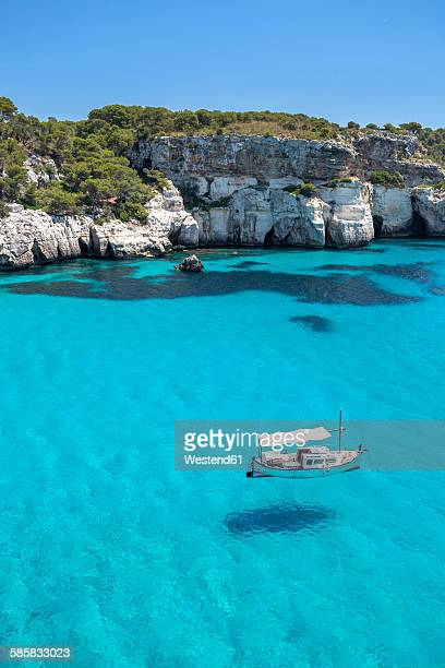 spain, balearic islands, menorca, view of cala macarelleta - ミノルカ ストックフォトと画像