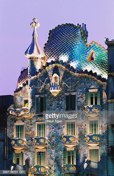 spain, barcelona, gaudi's casa batllo, dusk - barcelona spain stock pictures, royalty-free photos & images