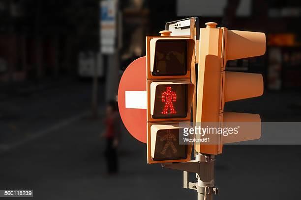 Spain, Barcelona, pedestrian light with wait signal