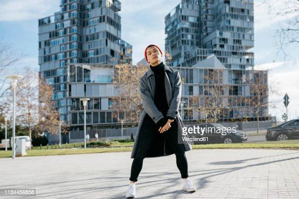 spain, barcelona, portait of fashionable young man in the city - menswear stock pictures, royalty-free photos & images
