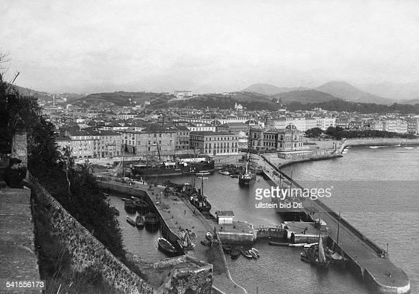 Spain Baskenland Baspue Country Pais Vasco Dornostia San Sebastian Harbour um 1900Vintage property of ullstein bild