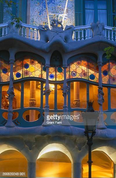 Spain, Bracelona, Casa Batilo, windows, close-up, dusk