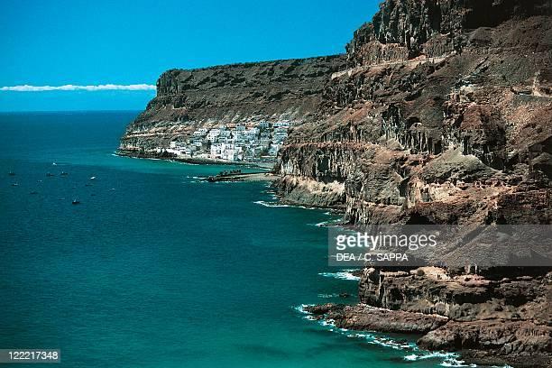 Spain Canary Island Gran Canaria Puerto de Mogán cliffs