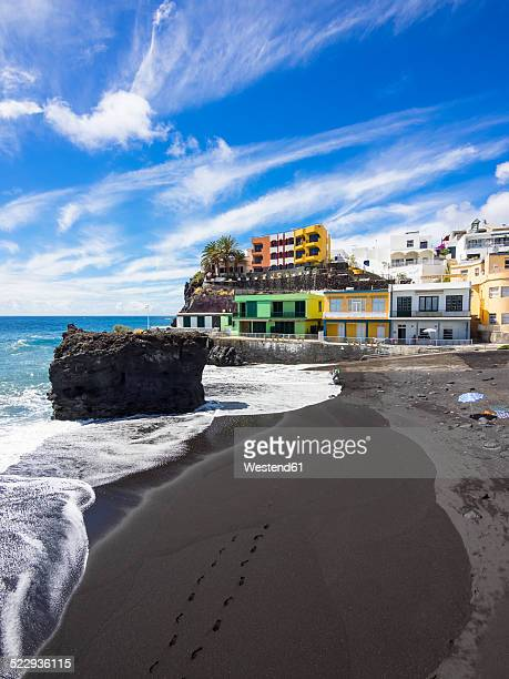 Spain, Canary Islands, La Palma, Puerto Naos, Black lava beach