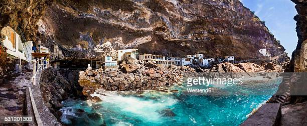 Spain, Canary Islands, La Palma, Tijarafe, Poris de Candelaria, houses in cave