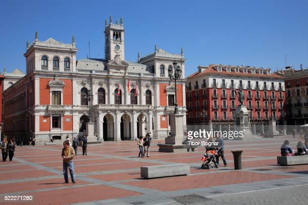 spain, castilla leon, valladolid, plaza mayor, city hall, people - valladolid spanish city stock pictures, royalty-free photos & images