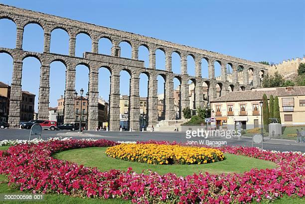 spain, castilla y leon, segovia, roman aqueduct - segovia stock photos and pictures