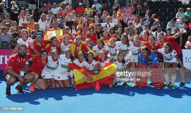 Spain celebrate their victory and their bronze medal during the Third Place Play Off game between Australia and Spain of the FIH Womens Hockey World...