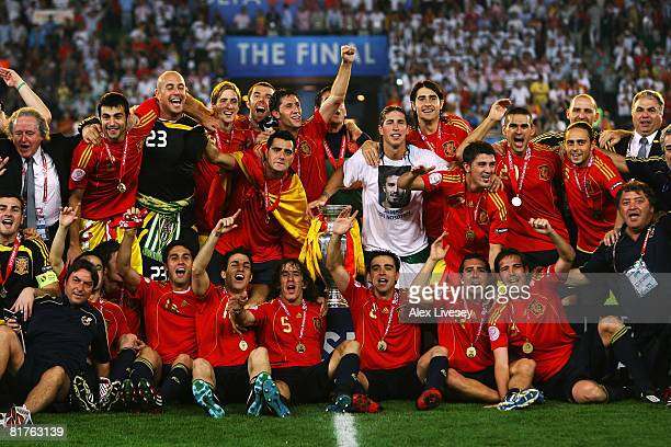 Spain celebrate victory after the UEFA EURO 2008 Final match between Germany and Spain at Ernst Happel Stadion on June 29 2008 in Vienna Austria