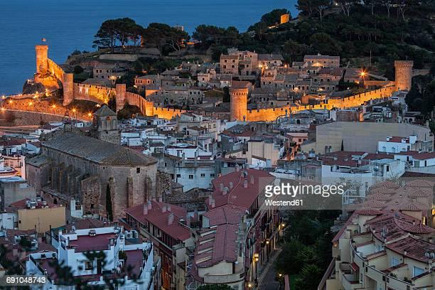 Spain, Costa Brava, Tossa de Mar, townscape with Vila Vella at night