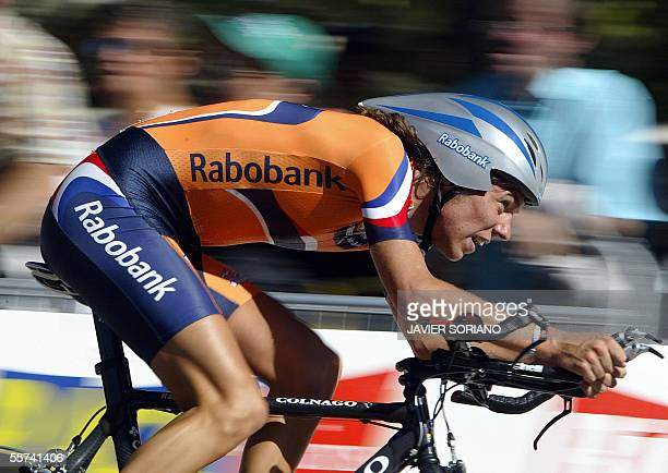 Dutch Thomas Dekker rides during the Men's time trial race at the 2005 UCI World Road championships 22 September 2005 in Madrid Australia's Michael...