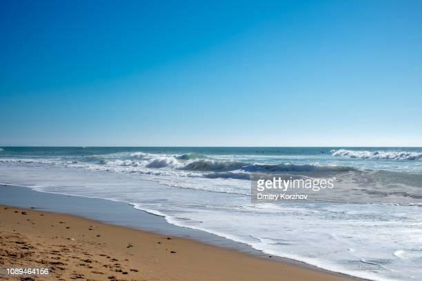spain — el palmar surf beach - vista marina fotografías e imágenes de stock