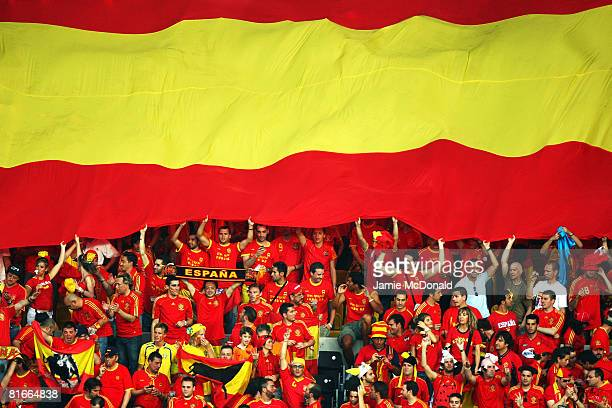 Spain fans show their support during the UEFA EURO 2008 Quarter Final match between Spain and Italy at Ernst Happel Stadion on June 22, 2008 in...