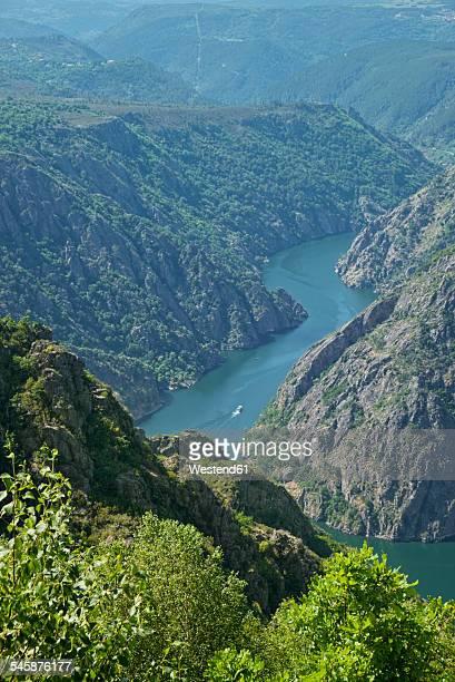 Spain, Galicia, View from Mirador de cabezoas to Canon del sil