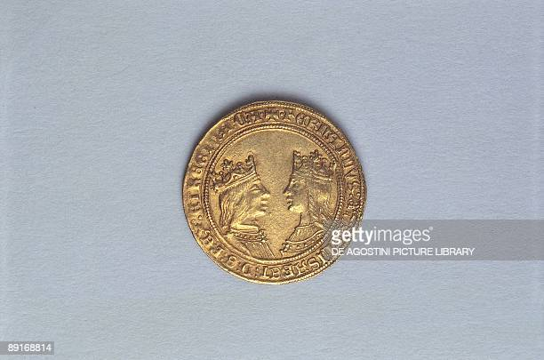 Spain Gold coin with Ferdinand and Isabella Recto