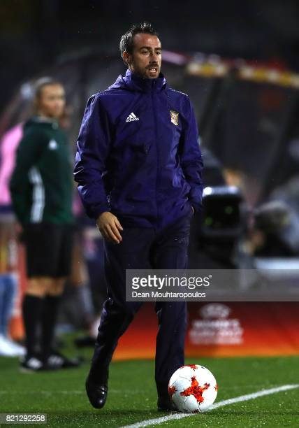Spain Head Coach Jorge Vilda looks on during the UEFA Women's Euro 2017 Group D match between England and Spain at Rat Verlegh Stadion on July 23...