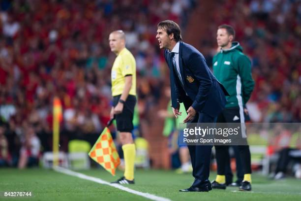 Spain head coach Julen Lopetegui reacts during the 2018 FIFA World Cup Russia Final Qualification Round 1 Group G match between Spain and Italy on 02...