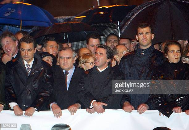 Jose Luis Rodriguez Zapatero secretary general of the Spanish socialist party French Prime minister JeanPierre Raffarin Spanish President of the...