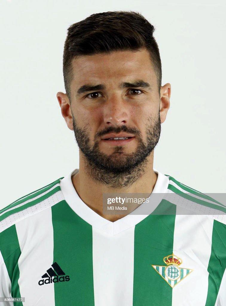¿Cuánto mide Antonio Barragán? Spain-la-liga-santander-20172018-n-nantonio-barragan-fernandez-picture-id836587472