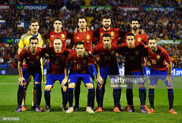 Spain line up prior to the international friendly match between Spain and England at Jose Rico Perez Stadium on November 13 2015 in Alicante Spain