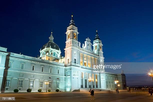 spain, madrid, cathedral of the almudena - アルムデナ大聖堂 ストックフォトと画像