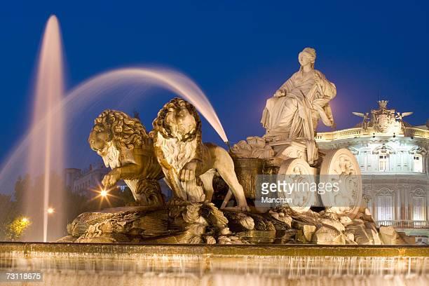 Spain, Madrid, Cibeles Fountain at dusk