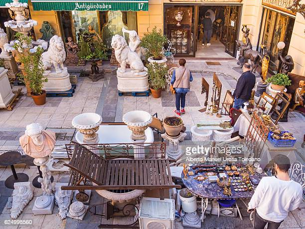 spain, madrid, el rastro flea market - antiquities - el rastro stock pictures, royalty-free photos & images