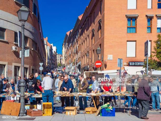 spain, madrid, el rastro flea market - book stall - el rastro stock pictures, royalty-free photos & images