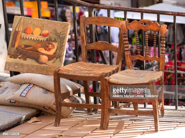 spain, madrid, el rastro flea market - chairs - el rastro stock pictures, royalty-free photos & images