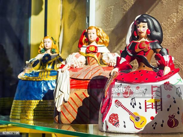 spain, madrid, el rastro flea market - meninas - el prado museum stock pictures, royalty-free photos & images