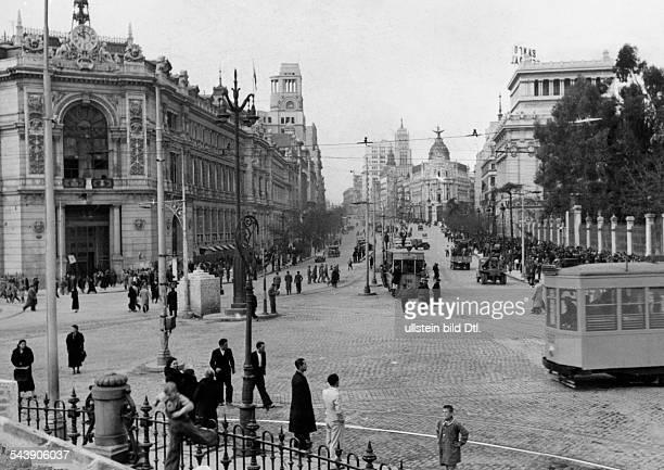 Spain Madrid Madrid: Street scene in Madrid - 1939- Photographer: Presse-Illustrationen Heinrich Hoffmann- Published by: 'Deutsche Allgemeine...