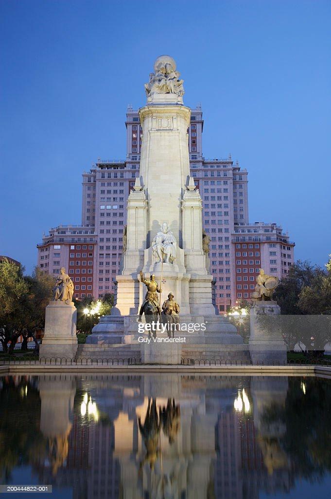 Spain, Madrid, Plaza de Espana, Cervantes Monument, dusk : Stock Photo