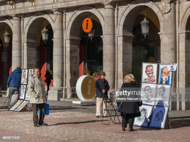 Spain, Madrid, Plaza Mayor, Painter