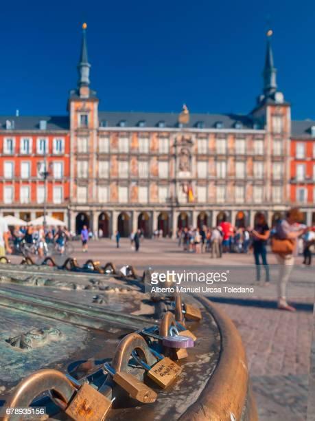 Spain, Madrid, Plaza Mayor square - Panaderia House an locks
