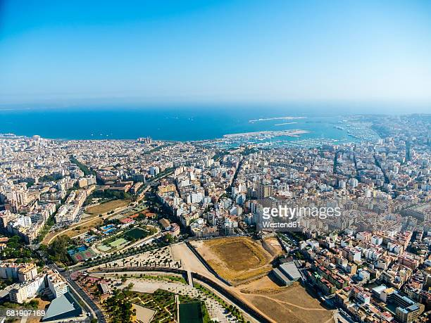 spain, mallorca, palma de mallorca, aerial view of old town and bay - palma majorca stock photos and pictures