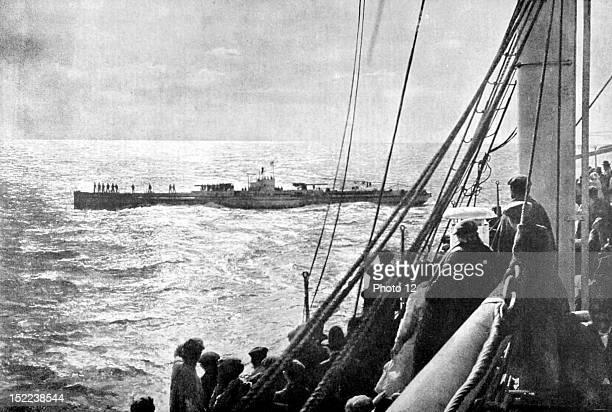 Spain March 18 World War I The Spanish transatlantic 'InfantaIsabeldeBorbon' being inspected by a German submarine off Cadiz