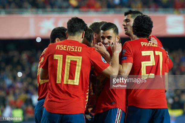 Spain national team celebrates the goal of Sergio Ramos during the European Qualifying round Group F match between Spain and Norway at Estadio de...