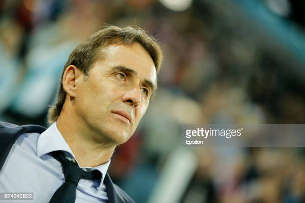 Spain national team head coach Julen Lopetegui looks on during Russia and Spain International friendly match on November 14 2017 at Saint Petersburg...