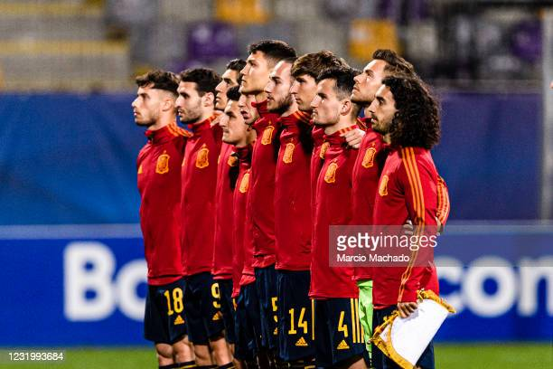 Spain National Under 21 squad poses for team photo during the 2021 UEFA European Under-21 Championship Group B match between Spain and Italy at...