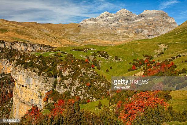 spain, ordesa national park, monte perdido massif - huesca fotografías e imágenes de stock