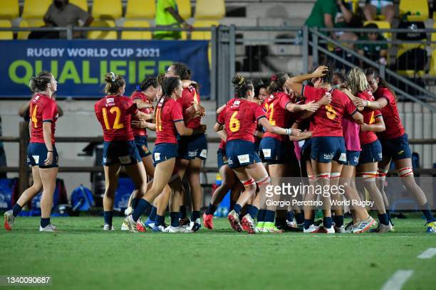 Spain players celebrate their victory during the Rugby World Cup 2021 Europe Qualifying match between Spain and Ireland at Stadio Sergio Lanfranchi...