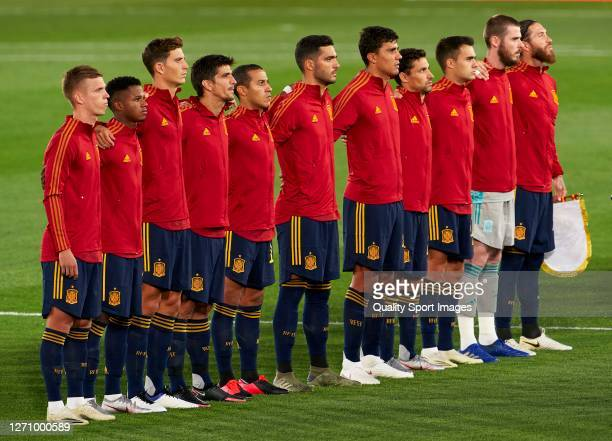Spain players line up for the National Athem ahead o the UEFA Nations League group stage match between Spain and Ukraine at Estadio Alfredo Di...