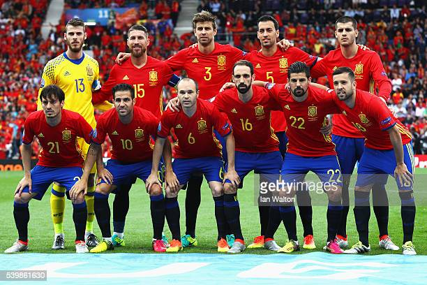 Spain players line up for the team photos prior to the UEFA EURO 2016 Group D match between Spain and Czech Republic at Stadium Municipal on June 13...
